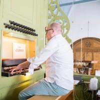 Opendeur dienst m.m.v. Pieter Dijksman, orgel / piano en Aalt van Beek, viool