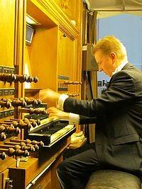 Opendeur dienst m.m.v. Lennert Knops, orgel en Henske Bakker panfluit